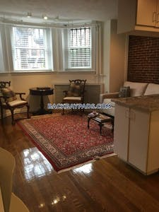 Back Bay (--VIRTUAL TOUR IN AD--) Pet Friendly Back Bay 1 Bed, Dishwasher, Laundry, Heat & Hot Water Included Boston - $2,250
