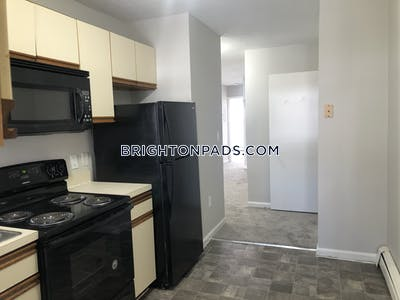 Brighton Wonderful 3 Beds 2 Baths -Brighton on Colbourne Rd Avail NOW!! $2550 Boston - $2,550 No Fee