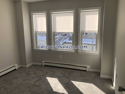 Brighton Sunny 3 bed 2 bath available NOW on Colborne Rd  in Brighton! Boston - $2,550 No Fee