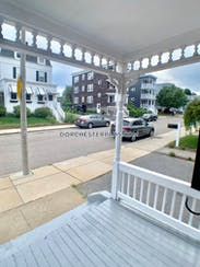 Dorchester The Perfect 2 bed pad on Pierce Ave Boston - $2,000