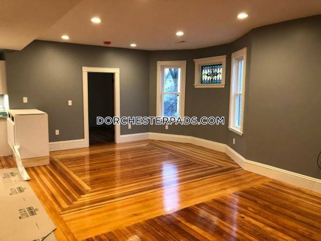 3 Beds 1 Bath - Boston - Dorchester - Fields Corner $3,000