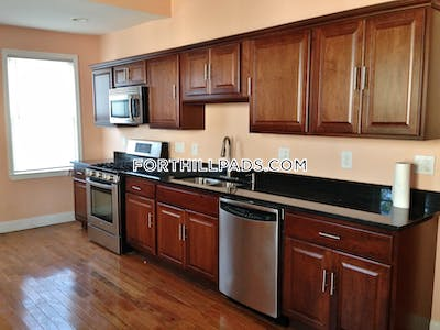 Fort Hill 2 Beds 1 Bath Boston - $2,400